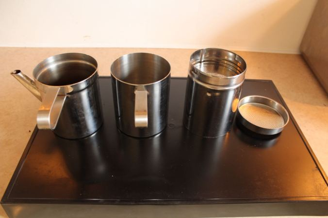 Les 4 éléments de la cafetière